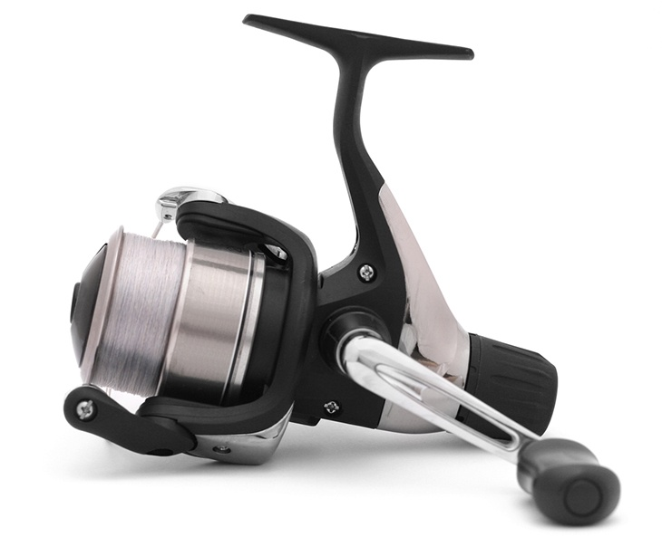 Bearings spincast reel