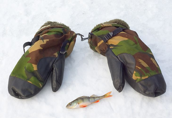 gloves ice fishing