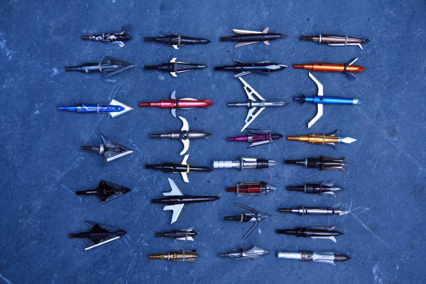 There are many types of bow fishing arrow tips available on the market, each with its unique features, advantages, and disadvantages